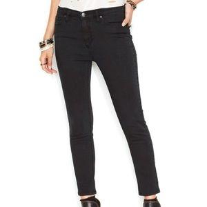 Free people high waisted black skinny jeans L24